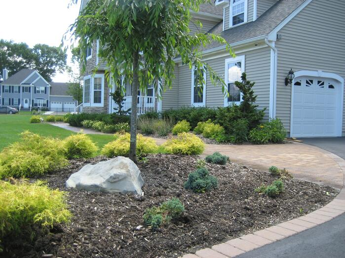 Cheap simple landscaping ideas for Simple cheap landscaping ideas